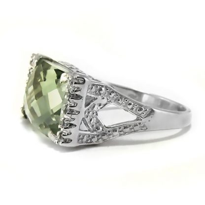 Сребърен пръстен с празиолит (зелен аметист) и циркони