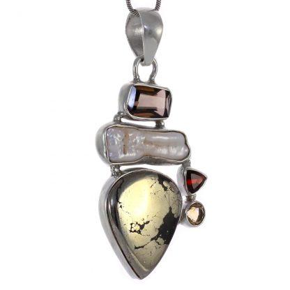 Сребърен медальон с пирит в магнетит, бива перла, опушен кварц, гранат и цитрин