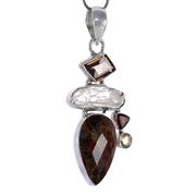 Сребърен медальон с фасетиран питерсит, бива перла, опушен кварц, гранат и цитрин