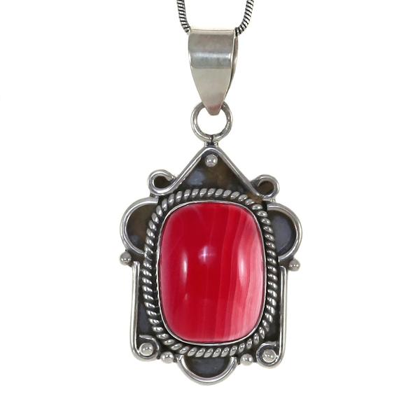 Сребърен медальон с розов ботсвански ахат