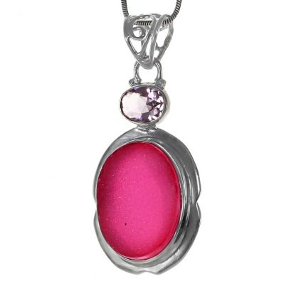 Сребърен медальон с рубинена друза и кунзит