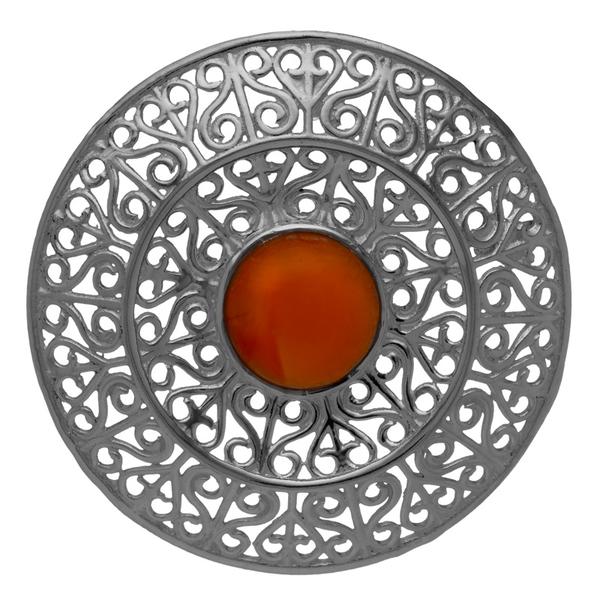 Филигранен сребърен медальон с карнеол