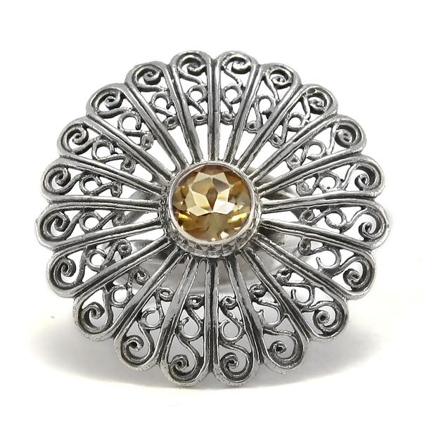 Сребърен филигранен пръстен с цитрин