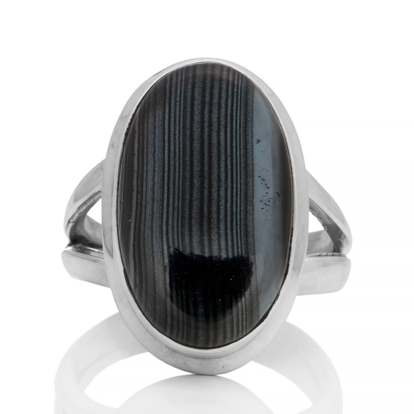 Сребърен пръстен с псиломелан