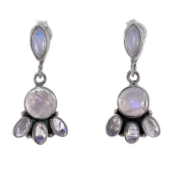 Сребърни обеци с лунен камък