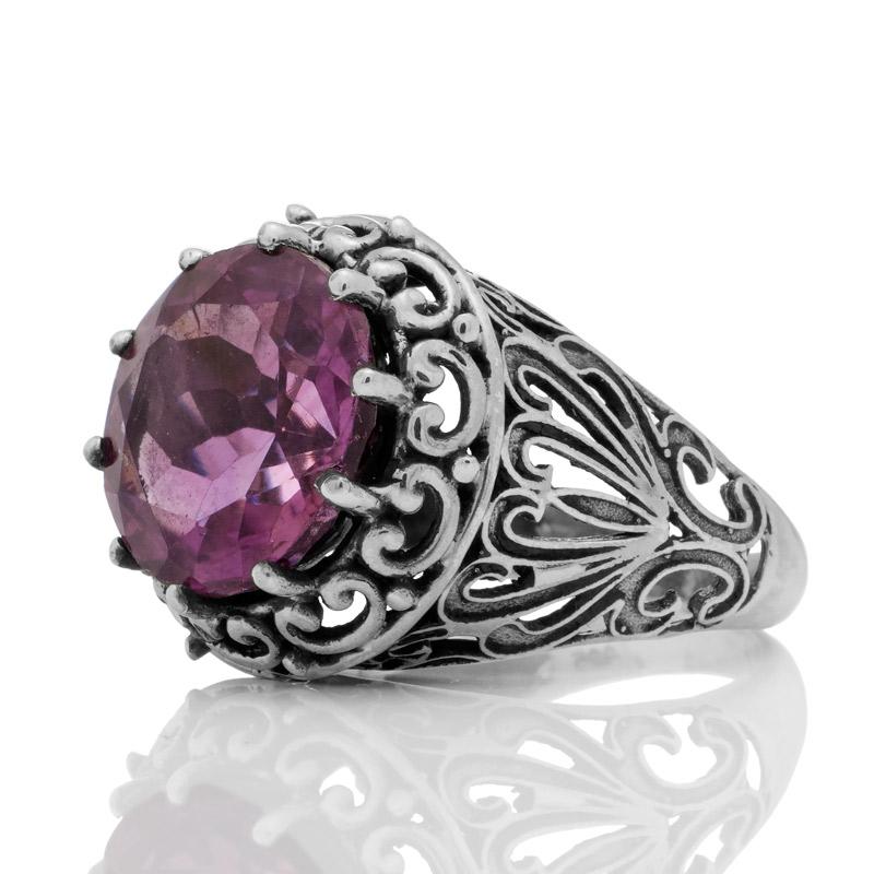 Масивен сребърен пръстен с аметист