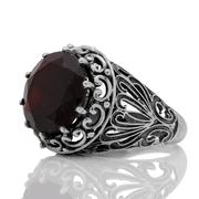 Масивен сребърен пръстен с гранат