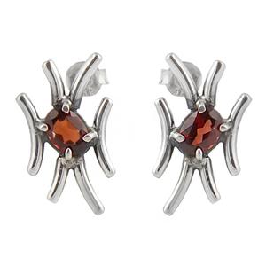 Асиметрични сребърни обеци с гранат на винт