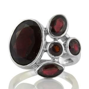 Сребърен пръстен с фасетирани гранати