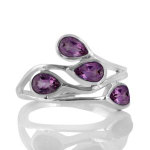 Нежен сребърен пръстен с фасетирани аметисти