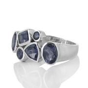 Сребърен пръстен с фасетирани иолити