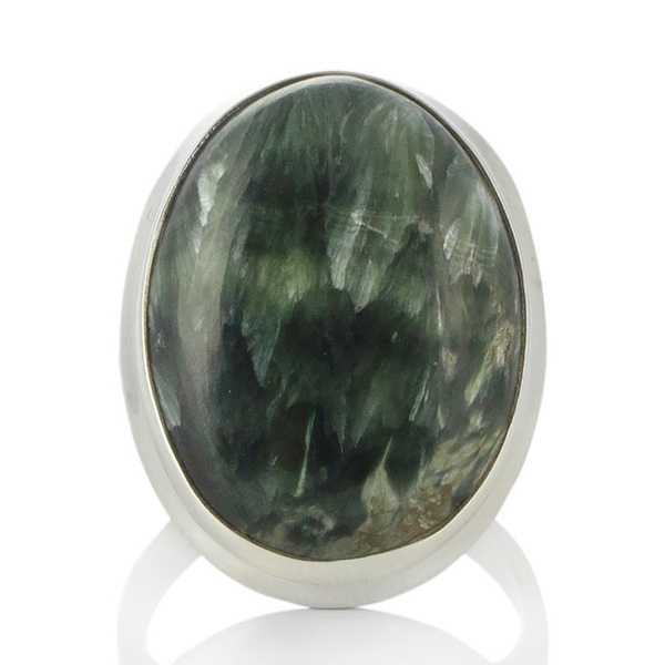 Сребърен пръстен с едър серафинит