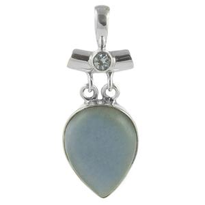 Сребърен медальон с ангелит и син топаз