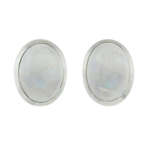 Сребърни обеци с овален лунен камък на винт