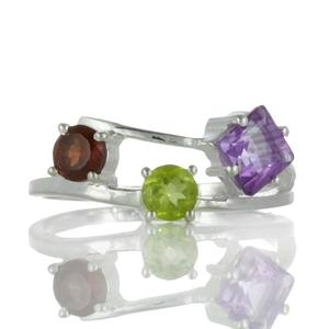 Нежен сребърен пръстен с аметист, перидот и гранат