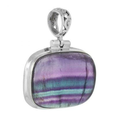 Сребърен медальон с многоцветен флуорит