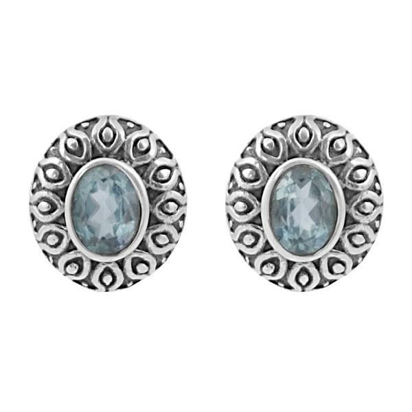 Сребърни обеци със син топаз в орнаментиран обков на винт