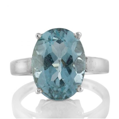 Сребърен пръстен с едър син топаз
