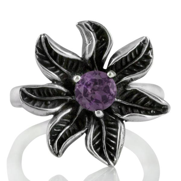 Сребърен пръстен – цвете с фасетиран аметист