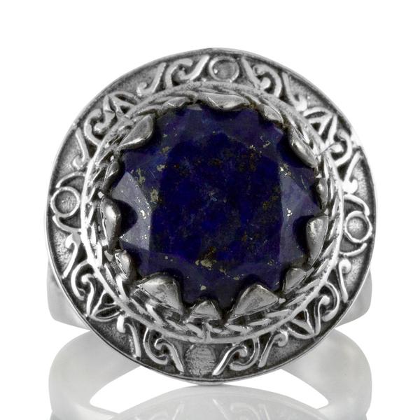 Сребърен пръстен с фасетиран лазурит (лапис лазули) в орнаментиран обков