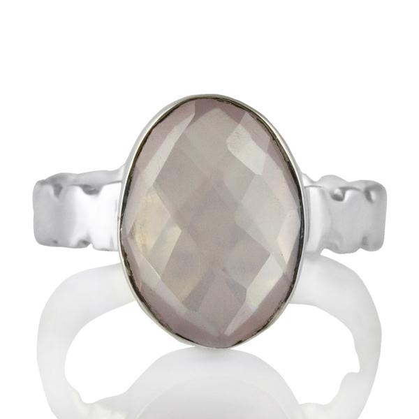 Изчистен сребърен пръстен с розов кварц