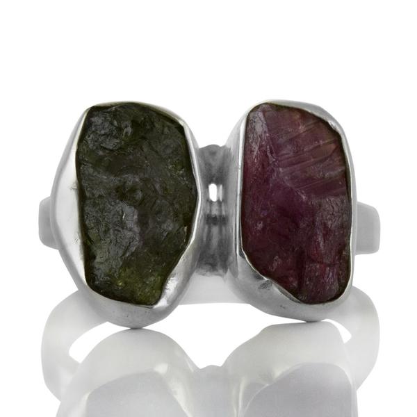 Сребърен пръстен с необработен турмалин