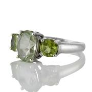 Сребърен пръстен с перидоти и празиолит