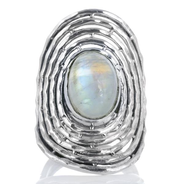 Масивен сребърен пръстен с кабошон лунен камък