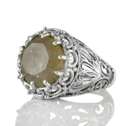 Едър сребърен пръстен с фасетиран рутилов кварц (Косите на Венера)