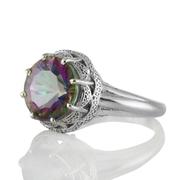 Орнаментиран сребърен пръстен с мистик топаз