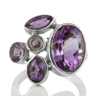Сребърен пръстен с аметисти