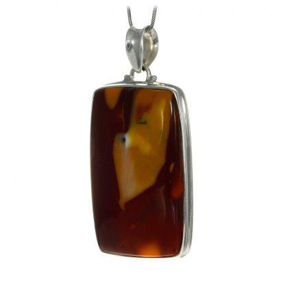 Масивен сребърен медальон с мукаит