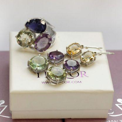 Сребърни бижута с естествени полускъпоценни камъни.