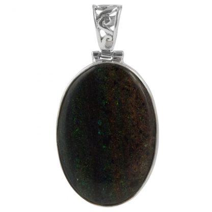 Сребърен медальон с хондураски опал