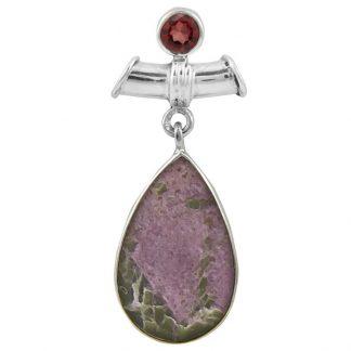 Сребърен медальон с варисцит в пурпурит и гранат