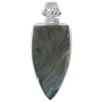 Сребърен медальон с пустинна друза